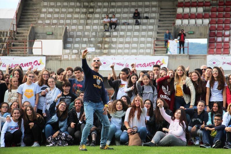 """""""Sport e Cancro"""". Leonardo Cenci incontra oltre 300 studenti dell'Orvietano"""
