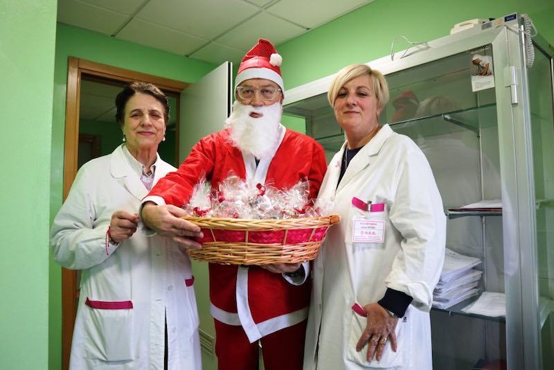 Il Babbo Natale di OCC in visita al Day Hospital Oncologico